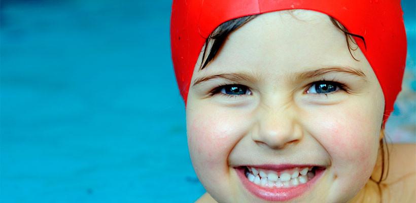 Curso intensivo de natación para niños en Caroli Health Club Valencia