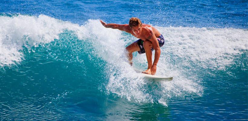 Conoce Surfin' CHC, el programa específico para amantes de las olas