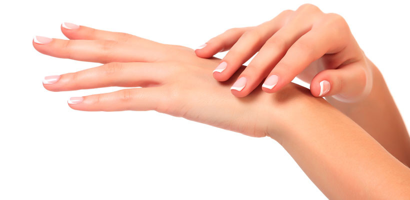 Rejuvenece tus manos con el tratamiento Relift® de Reaction®