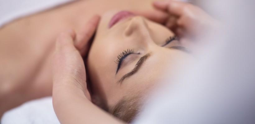 Luce una piel perfecta con nuestro tratamiento facial Cloud Skin